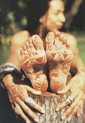 Antifungal Nail Polish >> herbsdottir - Henna Recipes